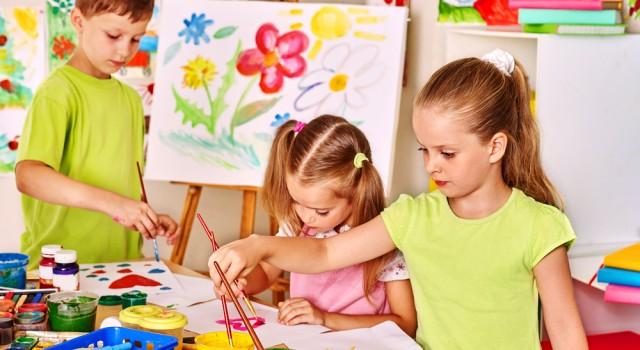 Enfants à la maison, comment les occuper ?