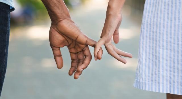 Fermeture de Vivastreet  : comment rencontrer des personnes proches de chez vous ?
