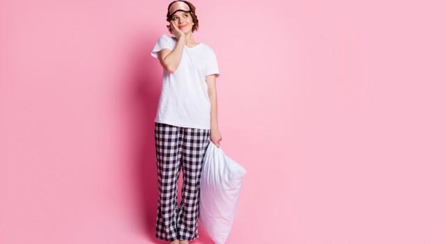 Oreiller ergonomique : 4 questions à se poser pour qu'il vous aide à mieux dormir