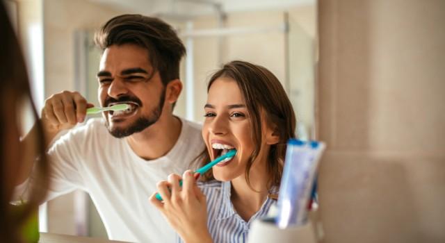 Quelles solutions naturelles pour éviter la mauvaise haleine ?