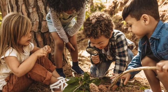 20 astuces pour occuper les enfants cet été