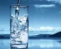 Boire plus d'eau : 8 effets immédiats sur l'organisme