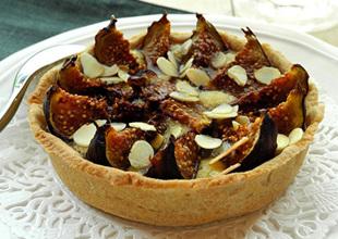 Tartelettes amandines aux figues et au sirop d'agave vanillé