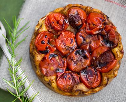 Tartelettes aux tomates cerises et au caramel balsamique