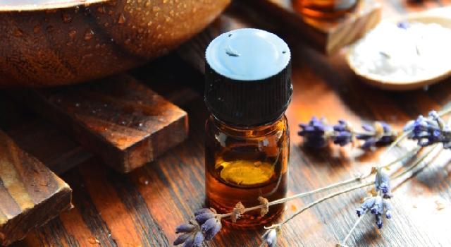 L 39 huile essentielle de lavande fine pour apaiser les coups de soleil - Huile essentielle coup de soleil ...