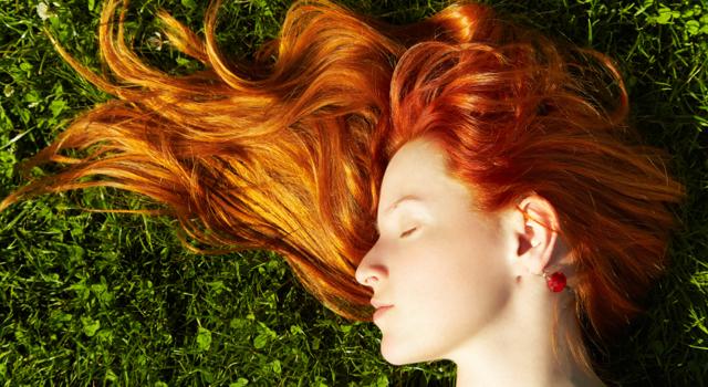 Avez-vous les bons réflexes pour prendre soin naturellement de vos cheveux ?