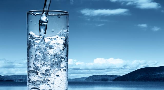 """Résultat de recherche d'images pour """"boire de l'eau"""""""