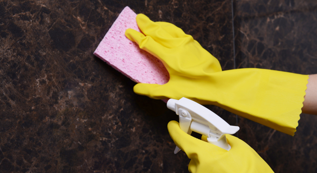 DIY : spray nettoyant au savon noir