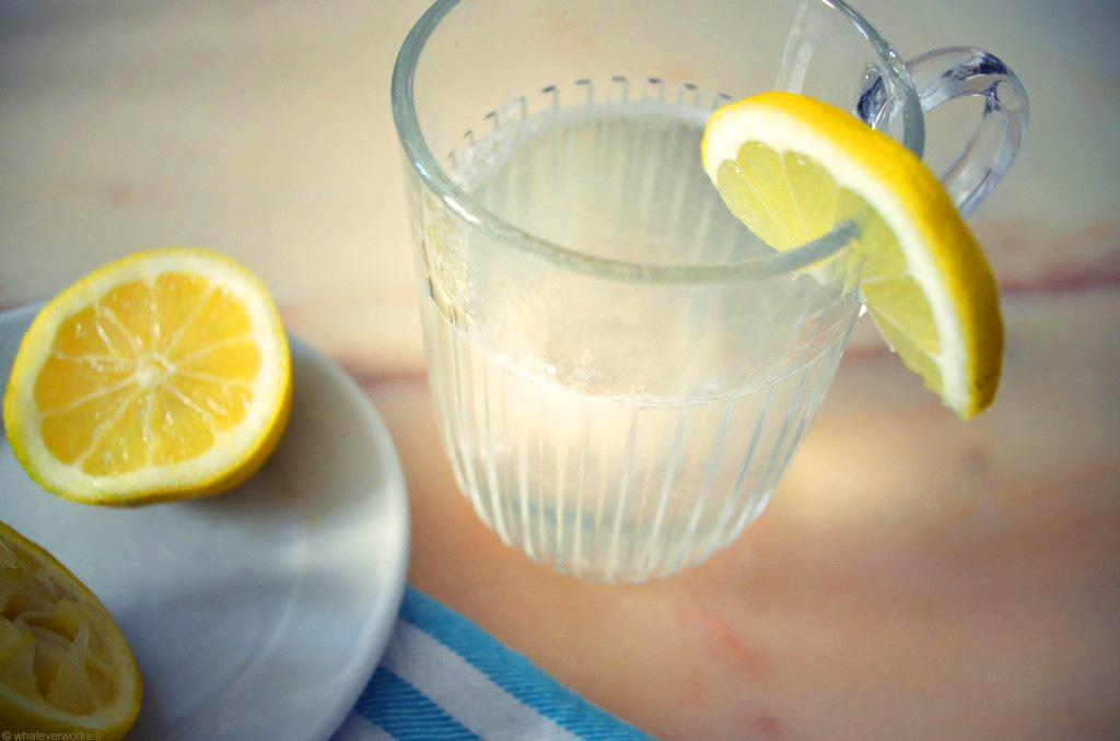 La pectine contenue dans le citron aide à réduire les fringales.