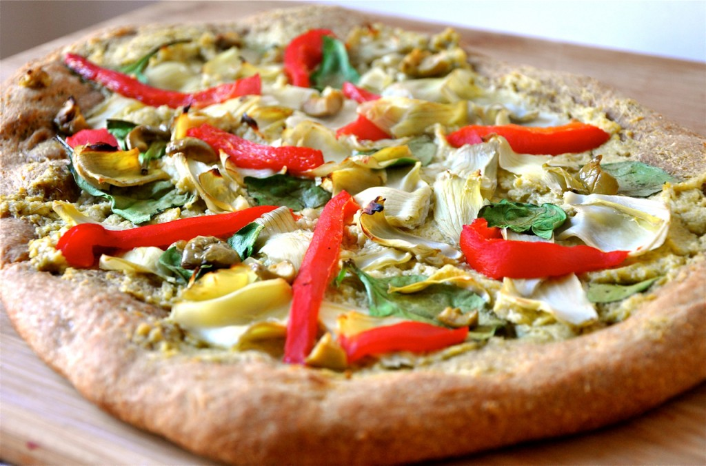 Et voilà une délicieuse pizza vegan à garnir selon vos goûts !