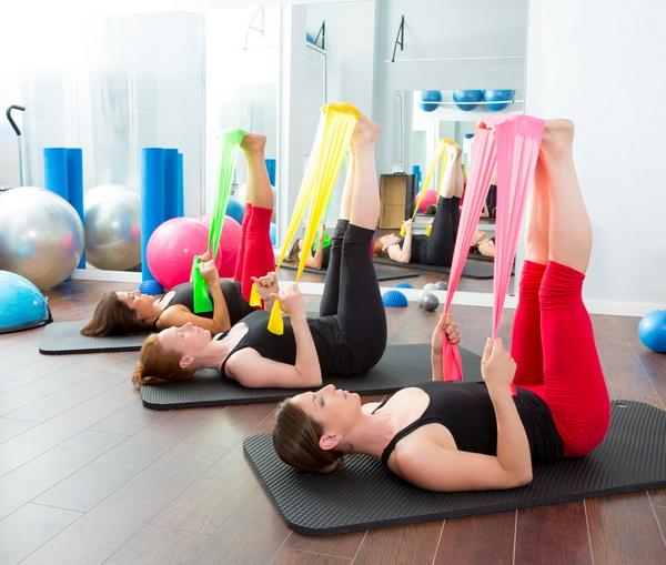 A mi-chemin entre le yoga et le pilates, le Stretch & Tone est une gymnastique douce qui respecte votre corps.